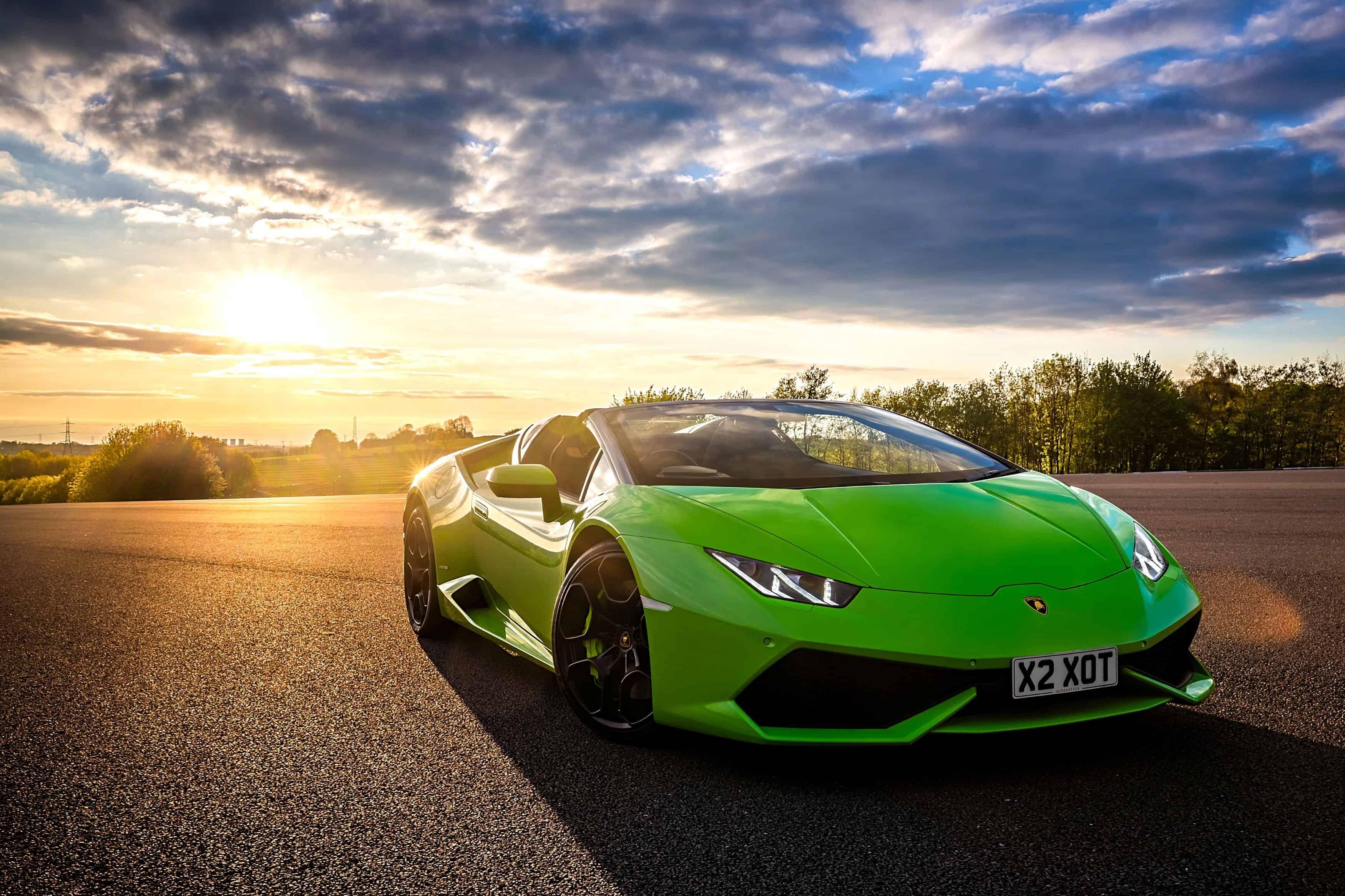 Lamborghini Huracan Spyder Sunset