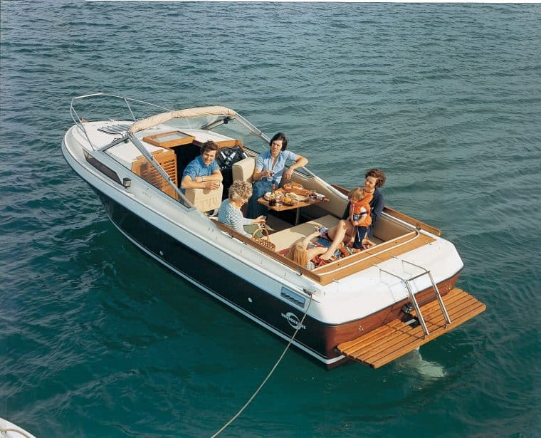 Old Sunseeker Yacht