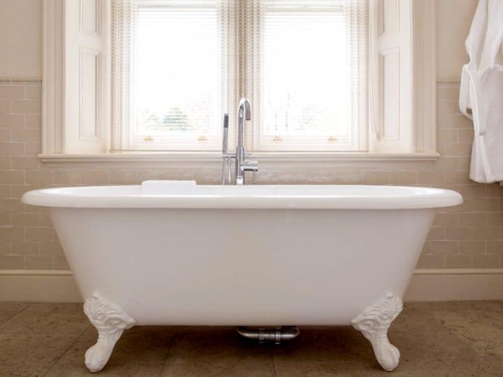 Kentisbury Grange bathroom